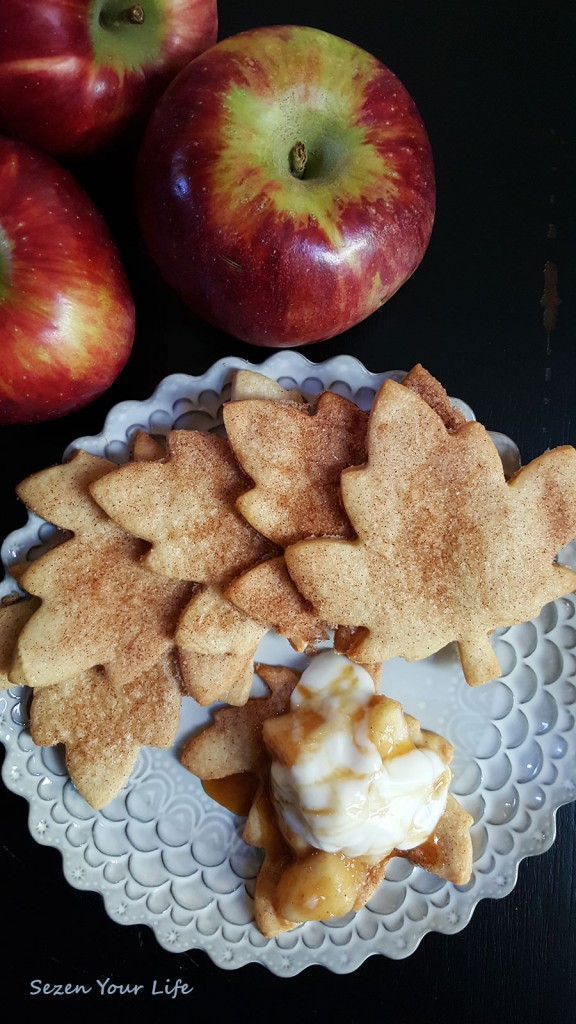 Apple-Pie-Dip-with-Pie-Crust-Leaves-Final